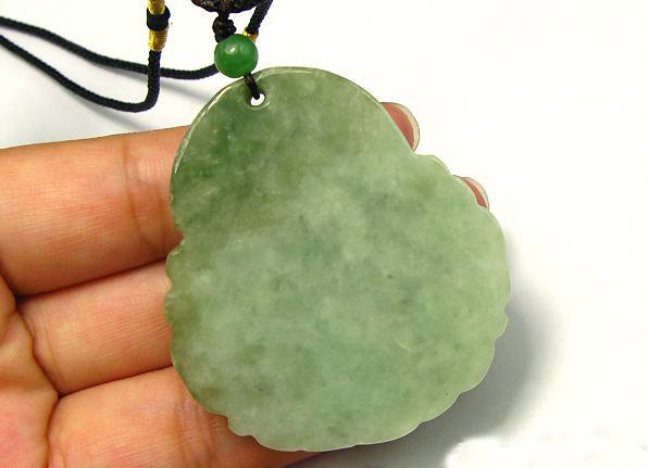 Free Shipping - Tibetan buddhist  Amulet  Natural Pea Green Jadeite Jade carved