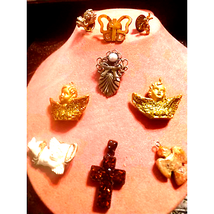 Vtg~Religious Pendant AND Brooch Lot - $23.76