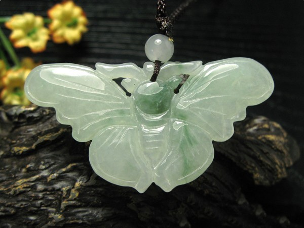 Free Shipping - Lovely Handmade Burma Jadeite Jade Natural Green Butterfly Jade