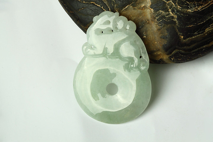 Free Shipping - Amulet Auspicious jade pendant  - 100% Natural Green jade carved
