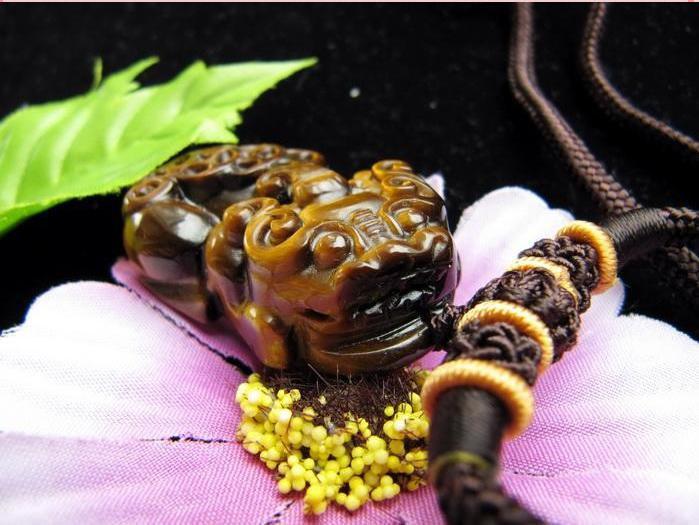 Free Shipping - good luck 100% Natural Yellow Tiger eye stone carved  Pi Yao Amu