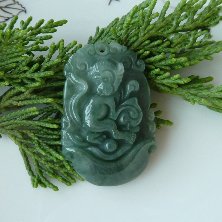 Free Shipping - good luck Amulet NATURAL dark Green jade carved  Monkey  Pendant