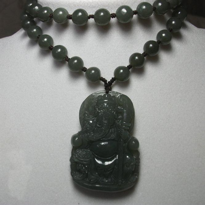 Free shipping - NATURAL Green jade carved  ''Guan Yu'' charm pendant