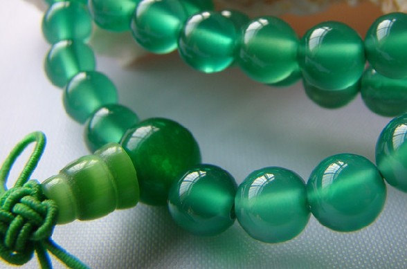 Free Shipping - Tibetan Buddhist  100% natural green agate 108  meditation Praye