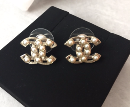 AUTHENTIC Chanel White Pearl GOLD PLATED CC LOGO Stud Post EARRINGS  - $479.99