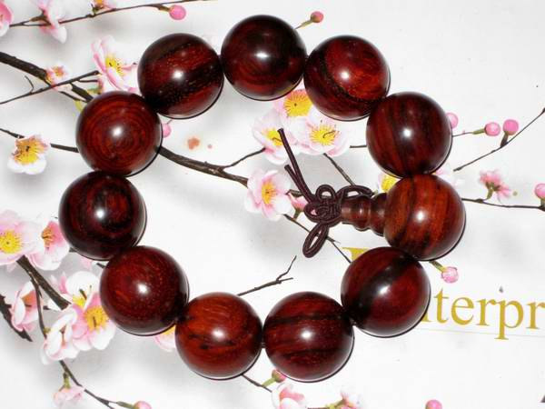 Free Shipping -  good luck natural Red sandalwood Prayer Beads charm bracelet