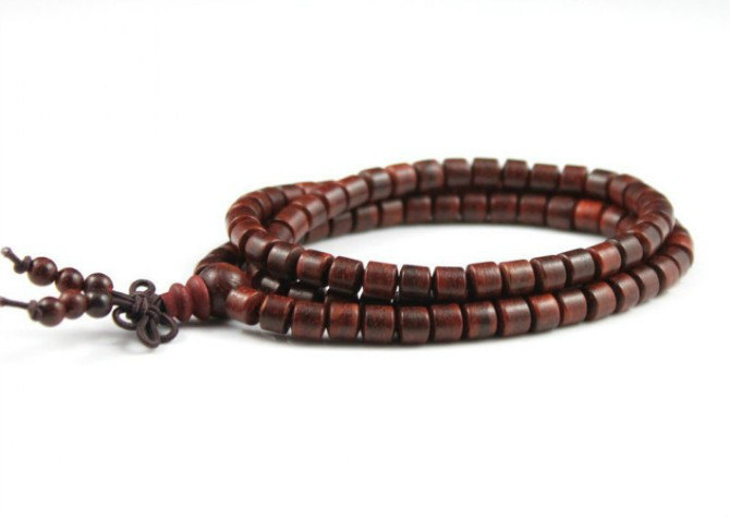 Free Shipping - Tibetan Natural Red sandalwood 108 meditation yoga Prayer Beads