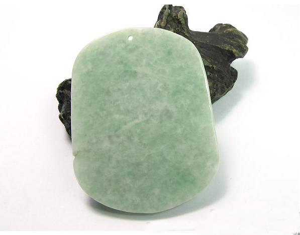 Free Shipping - 2012 Year Gift AAA Burma Jadeite Jade / Natural green Jadeite Ja