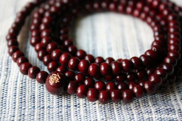 Free Shipping - Tibetan  7 mm 100% natural Red sandalwood  meditation yoga 108