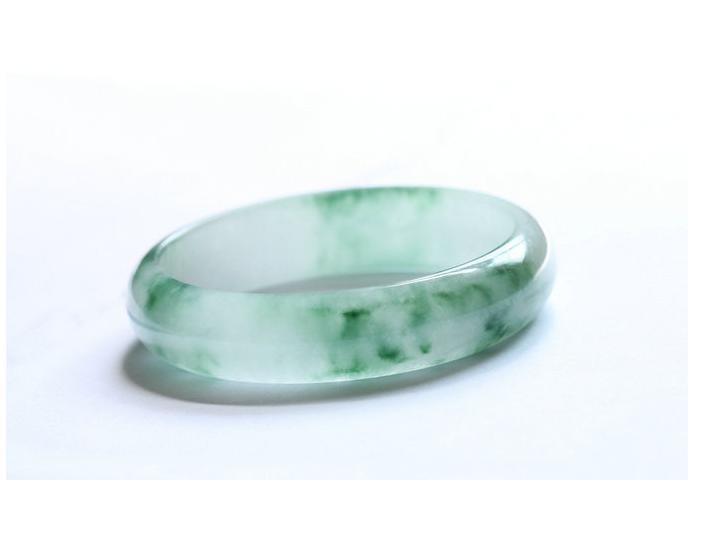 Free Shipping -  Natural Apple Green Grade AAA jadeite jade Round charm Bangle