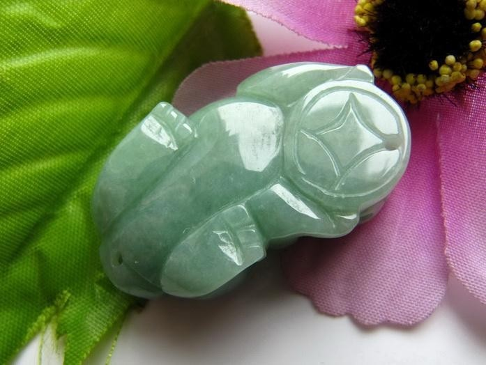 auspicious Natural  Green jade carved  Pi Yao Jade Amulet  charm pendants