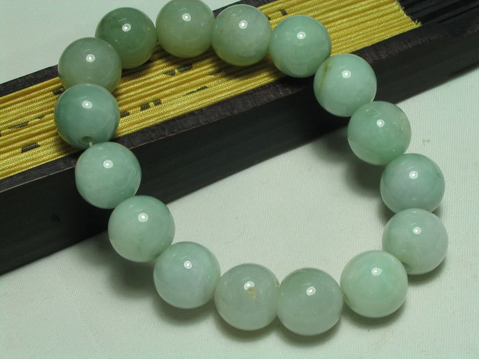 green Jadeite Jade meditation yoga Prayer Beads charm brecelet