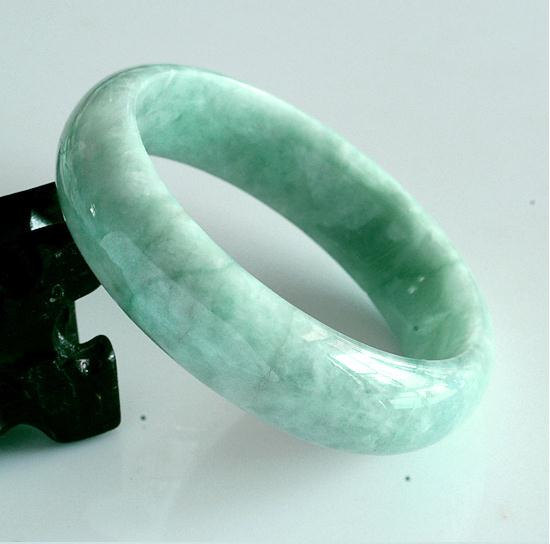Jadeite Jade bangle /   Green Jadeite Jade charm Round Ban