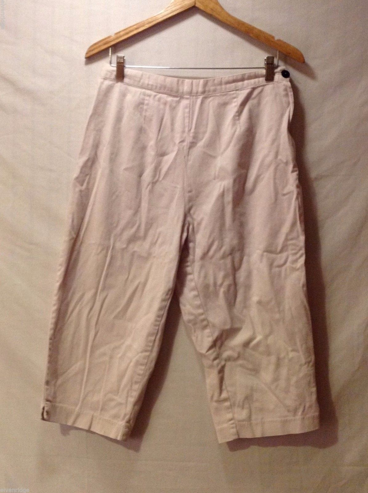 St. John's Bay Womens Light Khaki Capris, Size 12