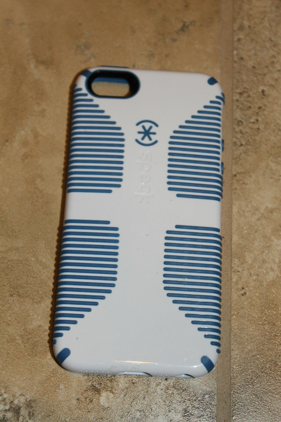 Speck Logo CandyShell Grip Case for iPhone 5 5S White/Blue Retail Package