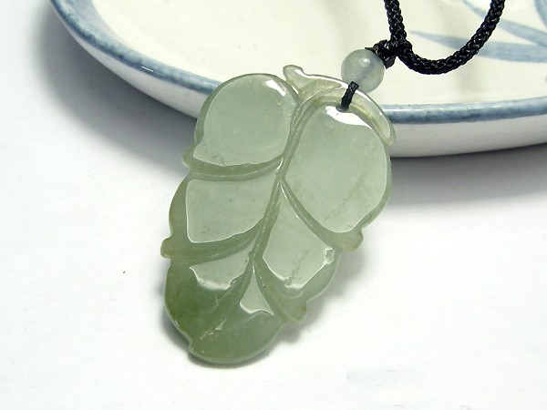 Free Shipping-  Hand carved 100% Type AAA Natural dark Green Jadeite Jade carved