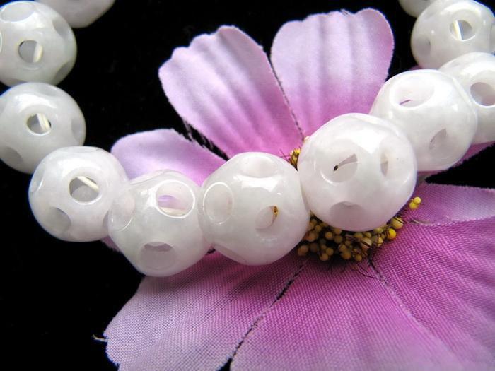 Free Shipping - Hand carved Skull natural white Jadeite Jade Prayer Beads  brace