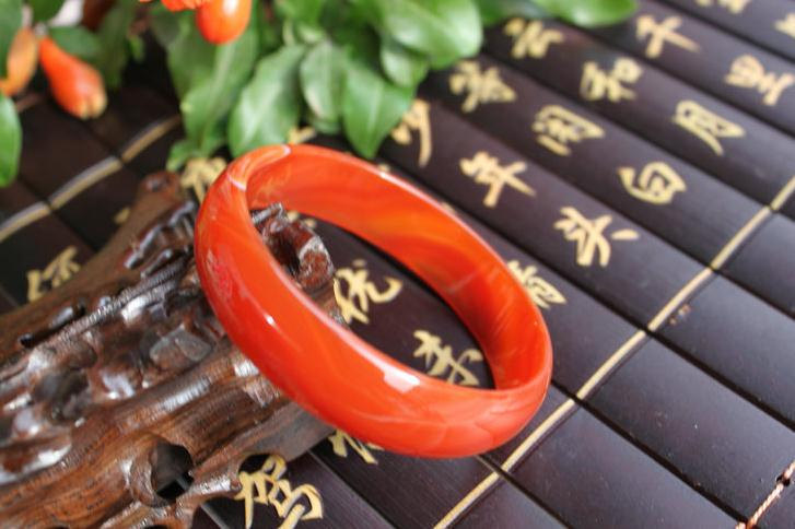 Free Shipping -  Natural Red jade charm Bangle