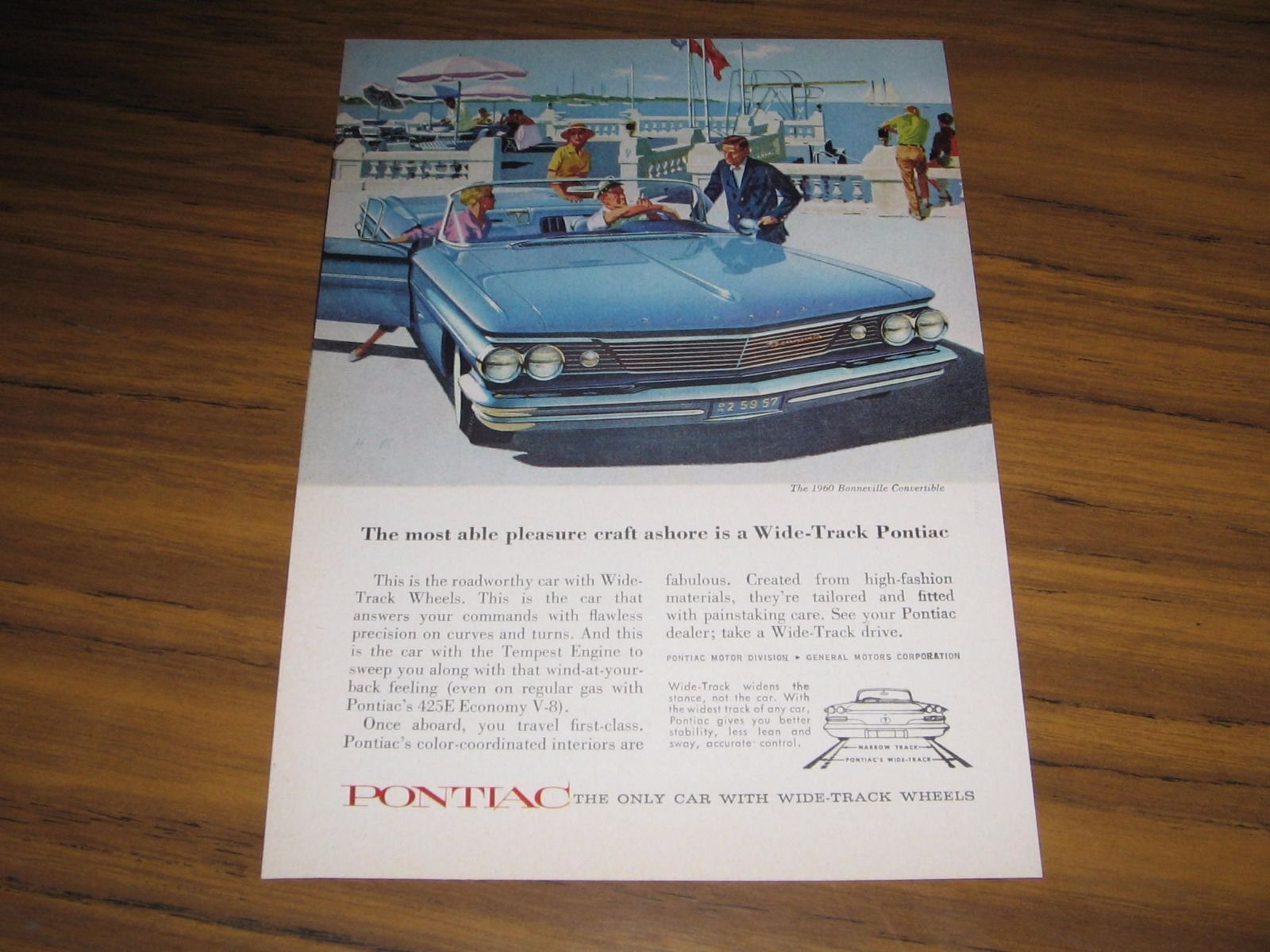 Pontiac Print Ad 1960s 19 Listings 1960 Bonneville Station Wagon Convertible Water Front Scene 1088