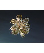 Sarah Coventry Gold Tone Leaf Brooch Vintage Pin  - $8.50