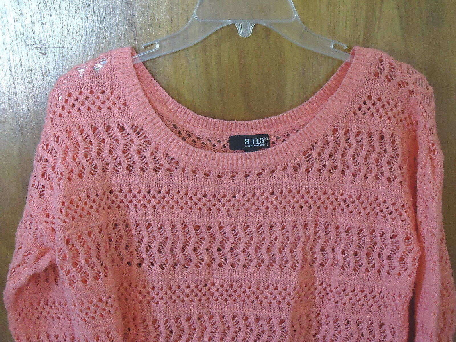 Womens A.N.A. Petite Size PXL Peach ? Crocheted Type Of Long Sleeve Top