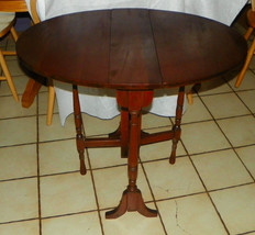 Solid Mahogany Oval Dropleaf Side Table / End Table - $499.00