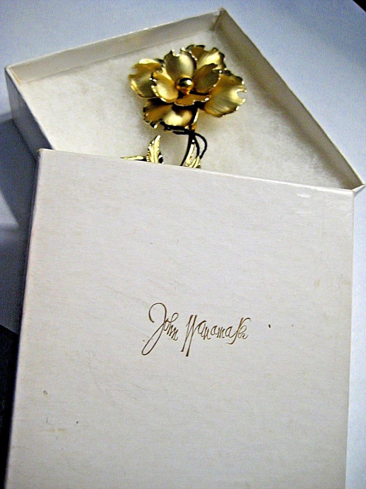 Large Vintage CORO Brooch Gold tone Flower in Original John Wanamaker Box Tags image 8