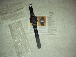 "1999 Digitech SPORTS WATCH design with GLOW LIGHT ""One Touch Button"" & P... - $3.25"