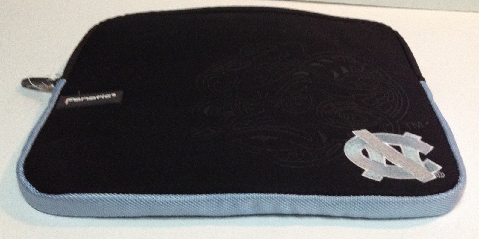 North Carolina University Tablet Ipad Laptop Protection Case by Fanatic NWT
