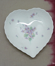 Vintage Mikasa Heart Shaped Candy Dish // Purple Violet Design // Vanity... - $9.75