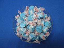 Raspberry Flavored Taffy Town Salt Water Taffy 2 Pounds - $10.06