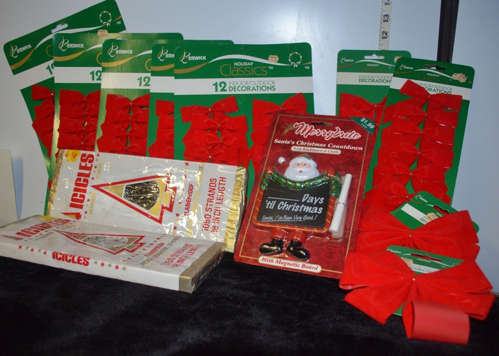 Mixed Lot of a dozen /12 Christmas ribbons & Decorations, all new, discount sale