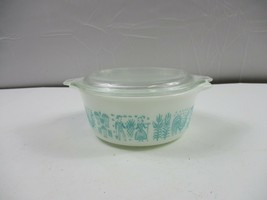 PYREX White/Blue Amish Butter Print 1 1/2 pint #472 Vintage with lid - $29.69