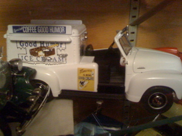 Primary image for 1953 Chevrolet Good Humor Ice Cream Truck DANBURY MINT DIECAST