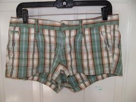 Hollister Green/Brown/White Plaid Shorts Size 5 Women's EUC - $18.63