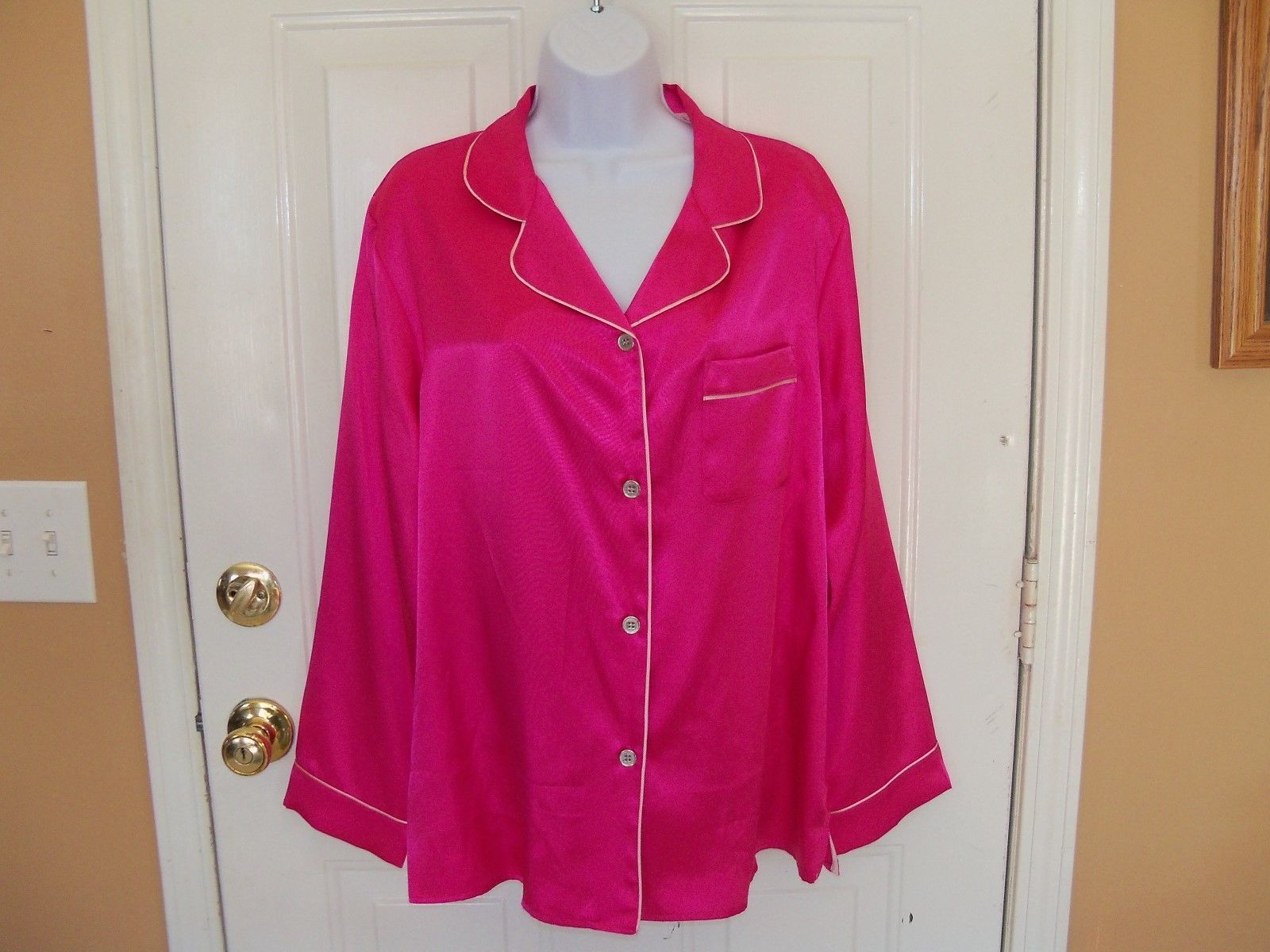 Gilligan & O'Malley Hot Pink Sleep Shirt Size Large Women's NEW LAST ONE - $28.49