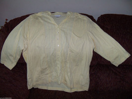 C.J. Banks Light Yellow Button Down Blouse Size 2X Women's EUC - $16.38