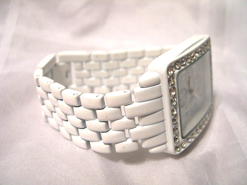 "Primary image for L09, N.Y. & Co., Ladies Watch, White Face w/ Crystals, 6.5"" Link Band, w/b"