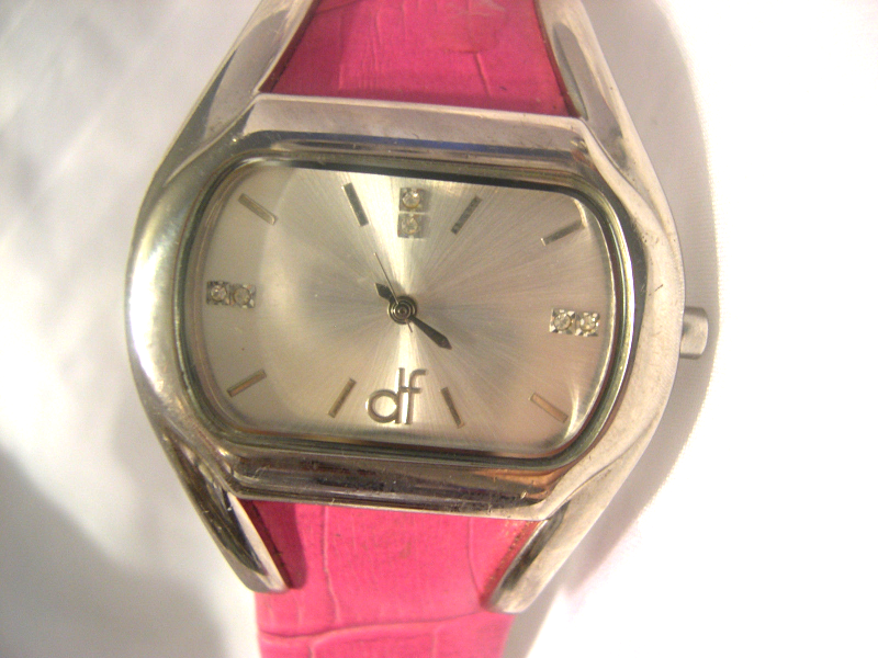 "Primary image for L11, Daisy Fuentes, Ladies Silver Tone Watch, 7.5"" Pink Leather Band, df1049"