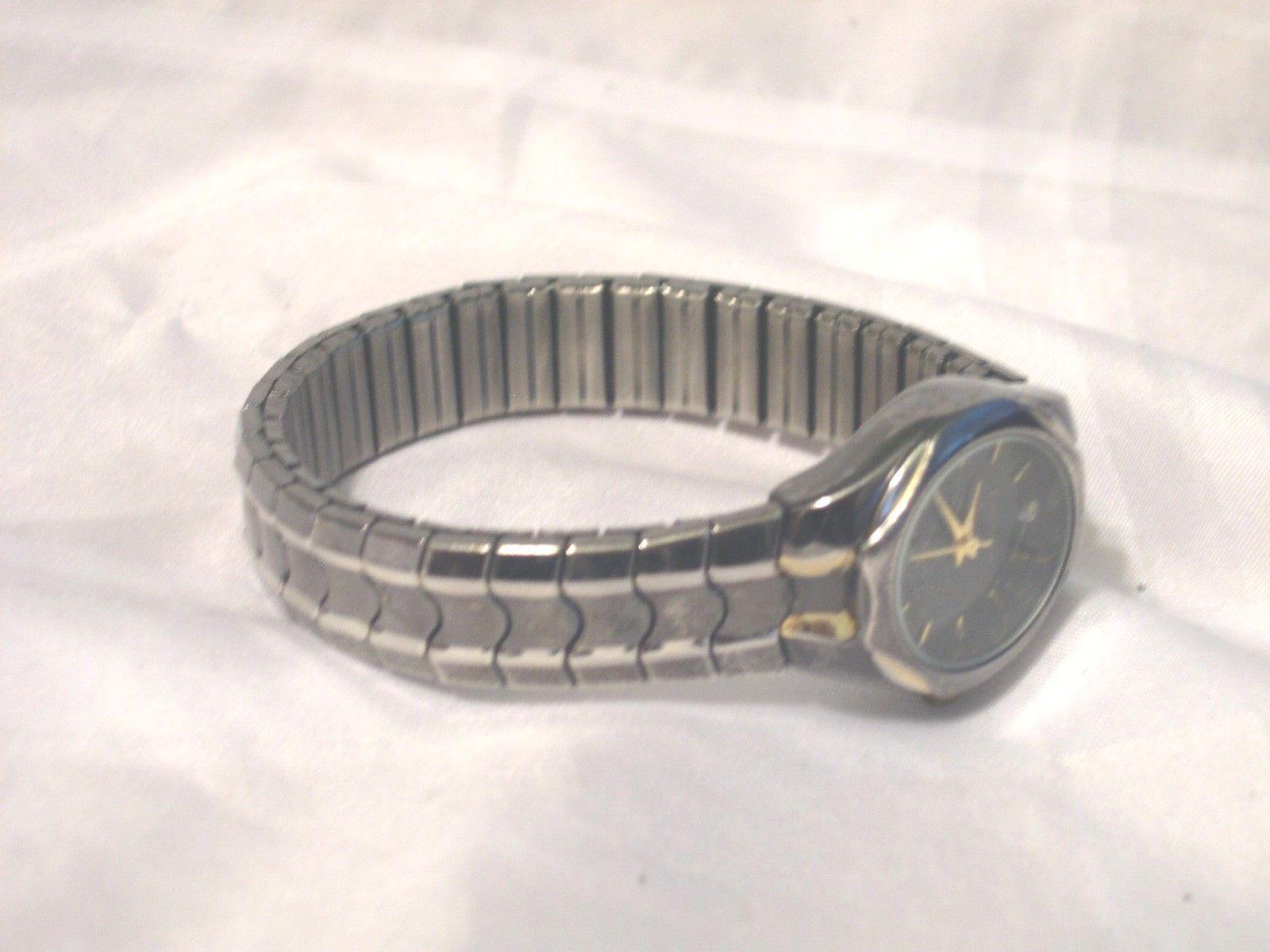 Primary image for L02, Cerentino Ladies Watch, Black & Silver Tone Flex Band
