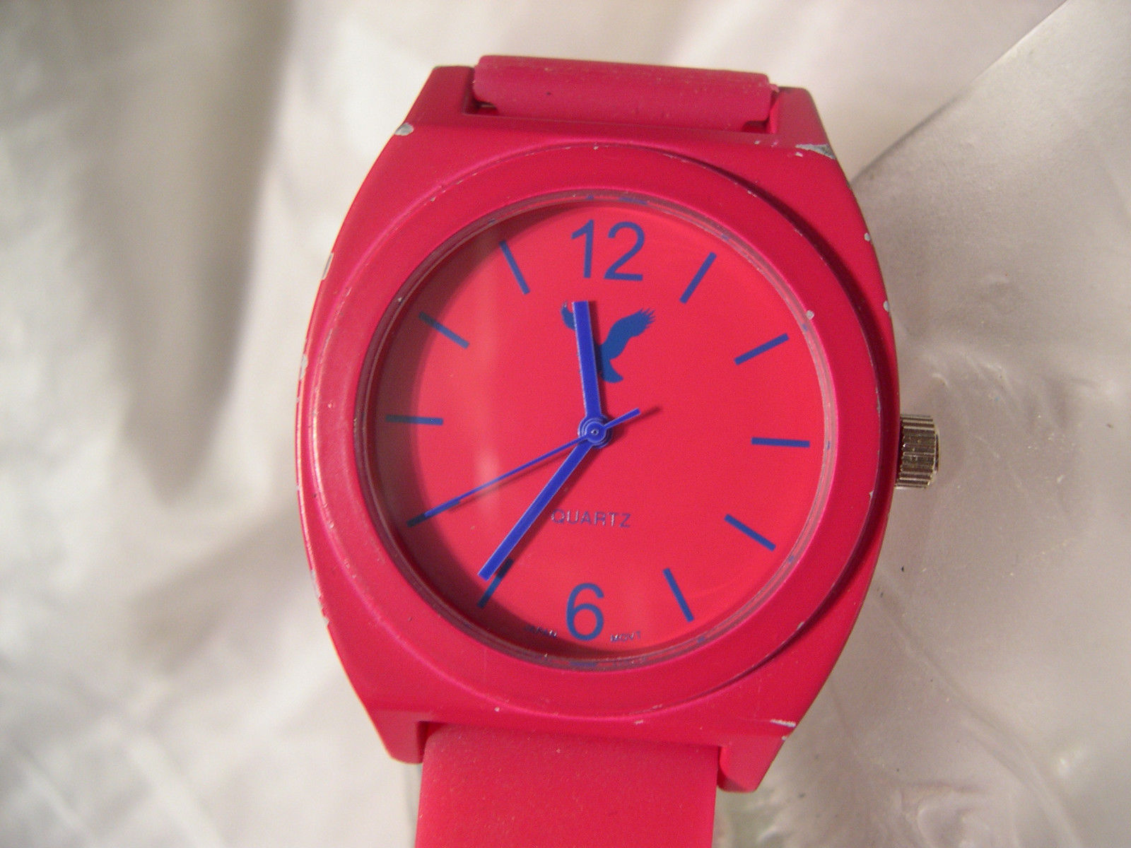 L58 American Eagle Outfitters Ladies Hot Pink Watch 9.5u0026quot; Silicon Band W/b - Wristwatches