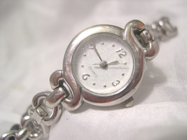 "L67, Ladies 7"" Silver Tone Bracelet Watch,  Round White Face  w/b - $11.87"