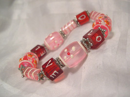 "B03, Hand Made Stretch Bracelet, Lg. Glass Beads, Love, Pink & Red, 5"" x... - $9.89"