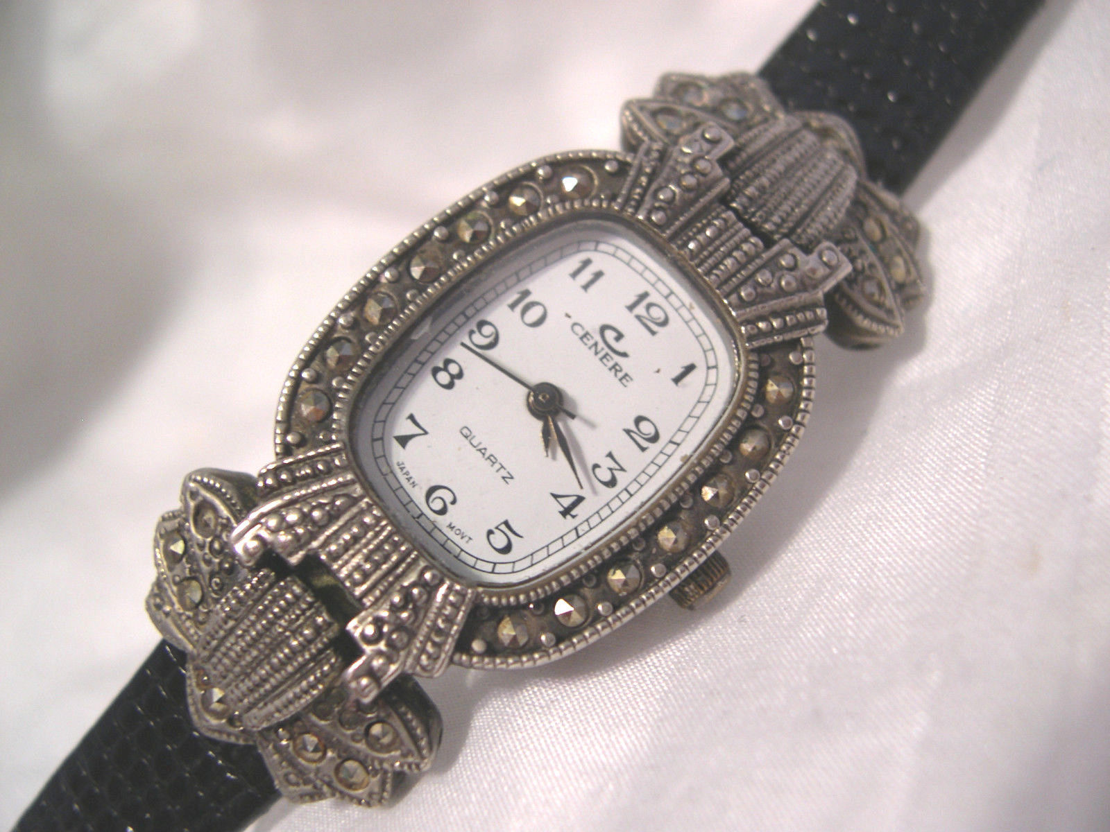 "L62, Cenere, Ladies Silver Tone Watch, Crystal Surround, 8"" Band, w/b - $19.79"