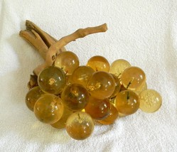 Vintage Glass Lucite Acrylic Grapes Cluster Amb... - $62.32