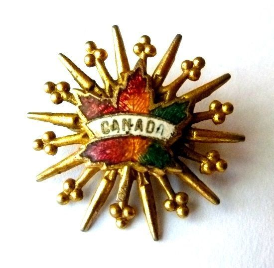 Canada Canadian Maple Leaf Starburst Gold Tone Unmarked Brooch Pin Vintage
