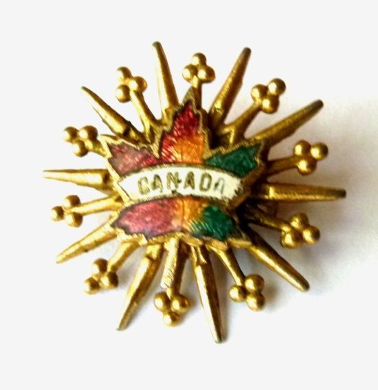 Canada Canadian Maple Leaf Starburst Gold Tone Unmarked Brooch Pin Vintage image 6
