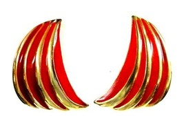 Red Gold Curved Gold Plated Clip Back Earrings Unmarked Costume Fashion Vintage image 7