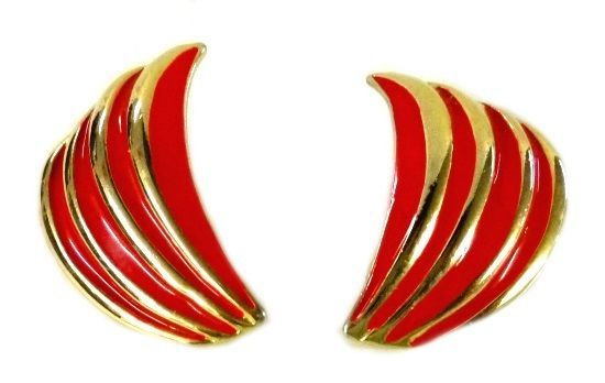 Red Gold Curved Gold Plated Clip Back Earrings Unmarked Costume Fashion Vintage image 6