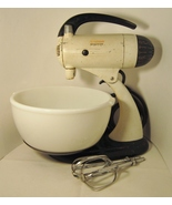 Sunbeam Mixmaster Model 9, Made in USA 1947, Large Bowl and Beaters - $49.99